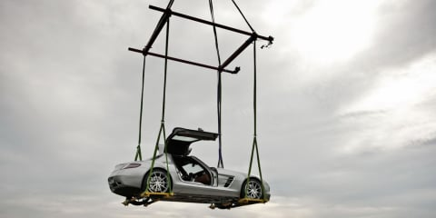 Mercedes-Benz SLS AMG Gullwing 'flies' onto Museum