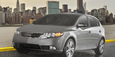 2011 Kia Cerato Hatch Unveiled