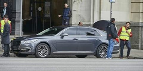 Genesis G90 spied completely without camouflage