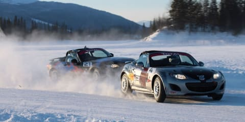 Video: Mazda MX-5 race on ice