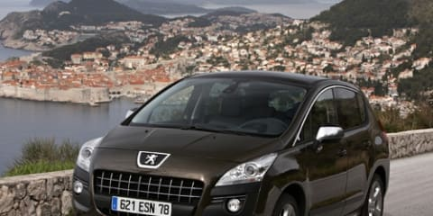 Peugeot CEO predicts European recession in 2012, luxury carmakers more upbeat