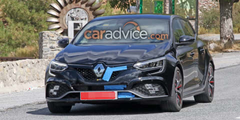 2020 Renault Megane RS Trophy-R facelift spied