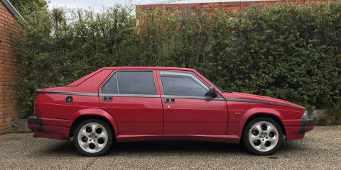 1990 Alfa Romeo 75 3.0 review