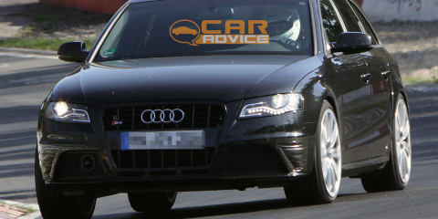 2011 Audi S4 facelift spy shots