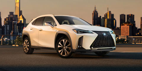 2018 Lexus UX: Sharp face, interior revealed