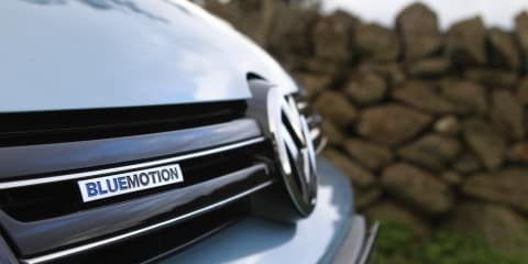 Volkswagen Golf Bluemotion reveal crashed by Greenpeace