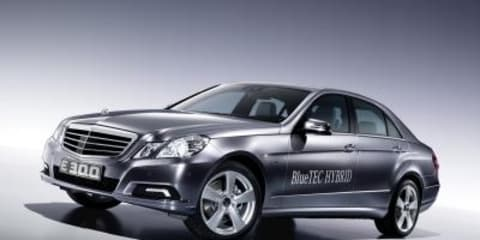 Mercedes launches E300 BlueTEC Hybrid at Geneva 2010