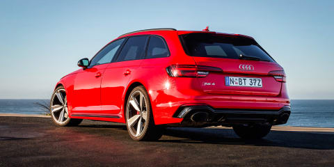 2018 Audi RS4 Avant takes on the Nordschleife - video