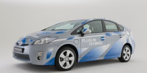 Toyota Prius Plug-In launched within weeks