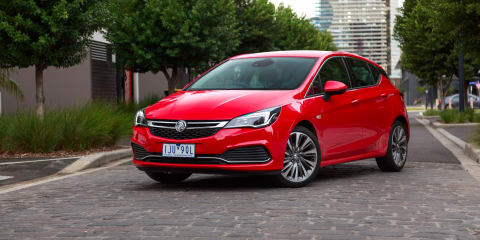 2019 Holden Astra drops mid-spec manuals