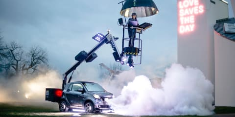 Smart ForTwo turned into rolling disco – video
