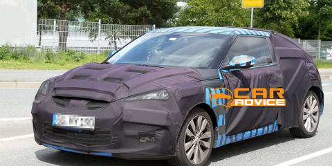Hyundai Veloster sports coupe spy shots