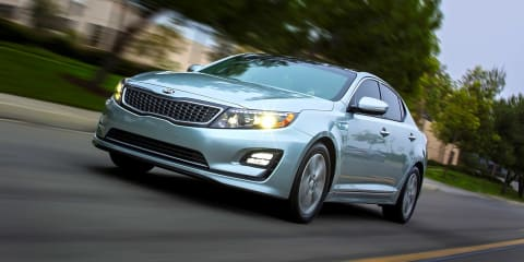 Kia Optima Hybrid : facelifted mid-sizer no closer to Australian showrooms