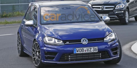 Volkswagen Golf R400 spy photos