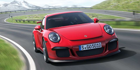 Porsche 911 GT3 revealed: four-wheel steering, auto only