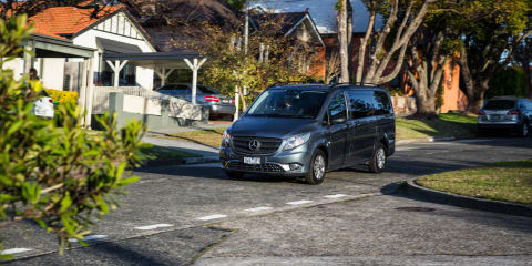 Mercedes-Benz Valente v Volkswagen Caravelle Comparison