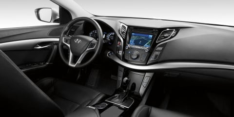2011 Hyundai i40 interior image revealed before Geneva
