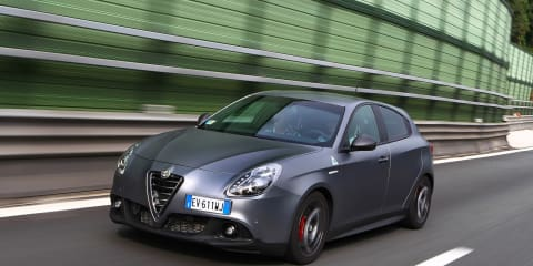 2015 Alfa Romeo Giulietta Quadrifoglio Verde Review : first drive