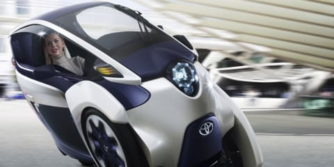 Toyota i-Road: radical auto-leaning trike revealed