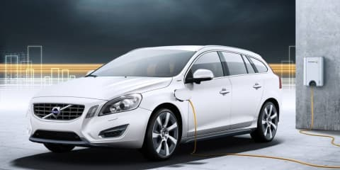 2012 Volvo V60 Plug-In Hybrid diesel revealed in detail