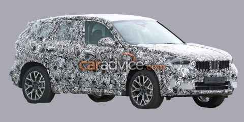 2023 BMW X1 spy photos