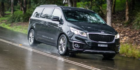 2017 Kia Carnival Platinum Review