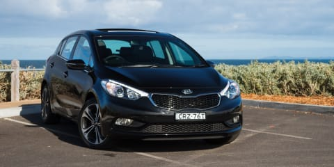 2015 Kia Cerato Review : SLi Hatch
