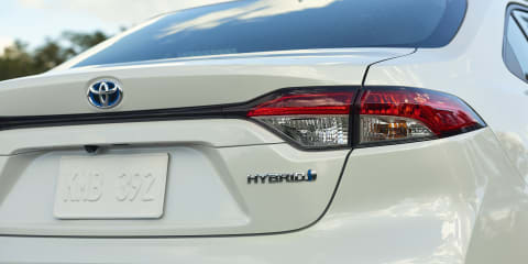 2020 Toyota Corolla sedan pricing and specs