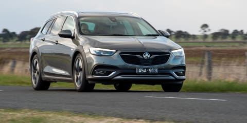 2018 Holden Calais Tourer review Review