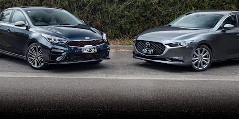 2020 Kia Cerato GT v Mazda 3 G25 Evolve comparison