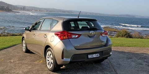 2013 Toyota Corolla Video Review