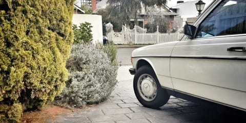 1982 Mercedes-Benz 230 E review