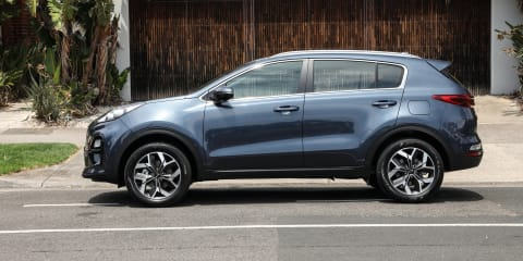 2020 Kia Sportage SX manual review