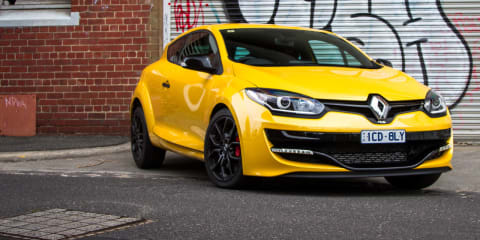2015 Renault Megane RS265 - secret storage hatch
