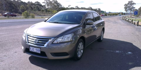 2013 Nissan Pulsar ST Sedan