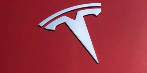 Tesla Texas crash leaves two dead, 'no-one in driver's seat', say police