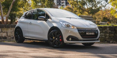 2018 Peugeot 208 GTi Édition Définitive review