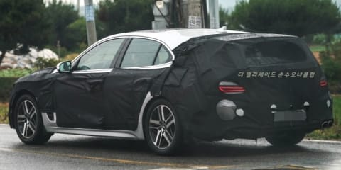 Genesis G70 wagon spy photos