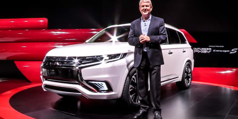 Mitsubishi Outlander PHEV S-Concept - first look