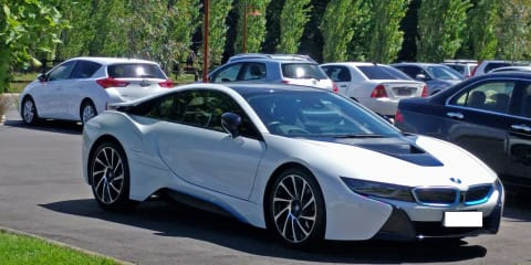 2015 BMW i8 Hybrid review