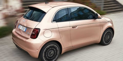 2021 Fiat 500e 3+1 revealed with a tiny rear passenger door