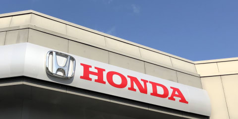 Canberra debates Honda and Mercedes plan to introduce fixed new-car prices