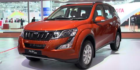 2016 Delhi Auto Expo - Mahindra XUV500 automatic