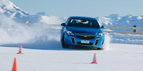 How does stability control work? ESC demonstration on ice with the Holden Insignia