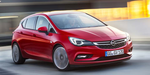 Holden Astra hatch confirmed for late-2016 launch: Early end for Cruze hatch production?