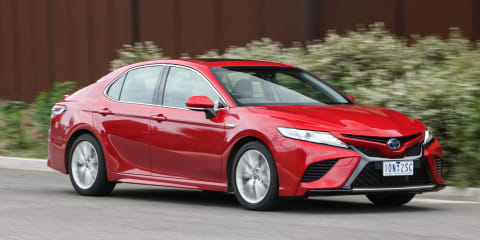2020 Toyota Camry SL hybrid review
