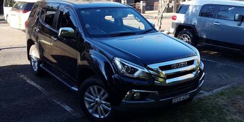 2017 Isuzu MU-X LS-U (4x2) review
