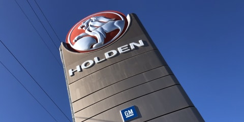 Politicians slam General Motors over Holden dealer compensation