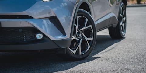 2019 Suzuki Vitara Turbo v Toyota C-HR Koba comparison