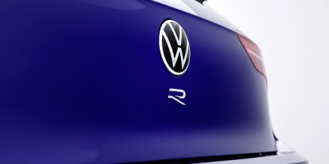 2021 Volkswagen Golf R snapped without disguise –UPDATE: teased, again